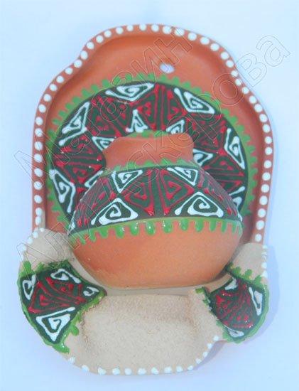 """Сувенирная глиняная тарелочка ручной работы """"Большой кувшин"""" в ассортименте красный"""