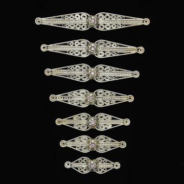 Нагрудники мельхиоровые ручной работы на женский костюм мастера Магомеда Идрисова (7 элементов)