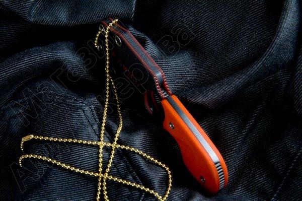 Шейный нож Amigo Z (сталь AUS-8 Black, рукоять G10 Orange)