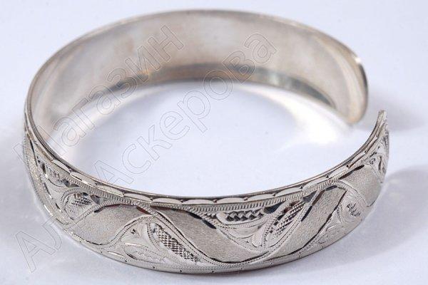 Серебряный кубачинский браслет белый №18