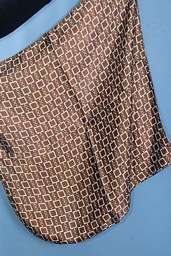 """Платок женский шелковый """"Квадратики"""" темно-коричневый"""