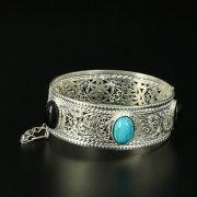 Кубачинский серебряный браслет с филигранью (камень - бирюза, агат) арт.10729