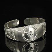 Серебряный кубачинский браслет белый арт.9288