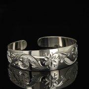 Серебряный кубачинский браслет белый арт.9296