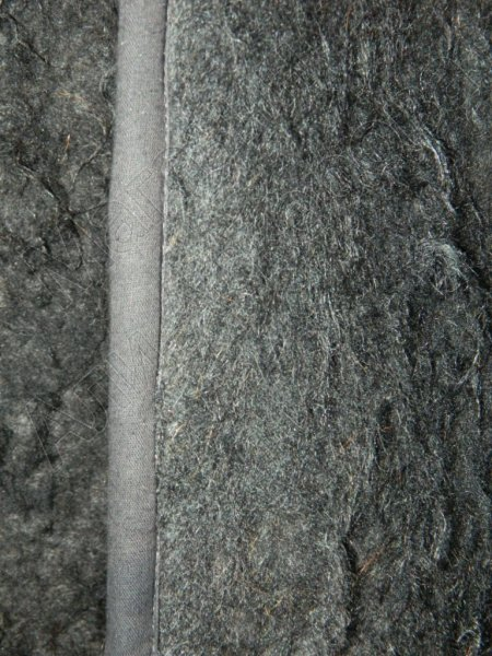 Кавказская бурка черная из овечьей шерсти (войлочная)
