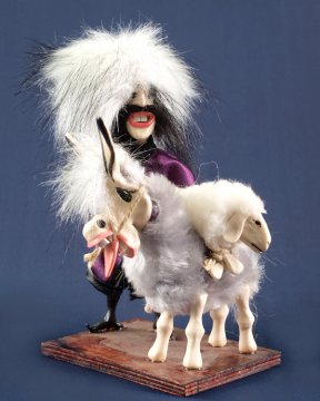 """Сувенирная подарочная кукла-композиция на деревянной подставке """"Хорошая охота"""""""