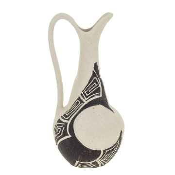 Керамический кувшин для вина