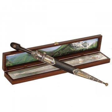 Кавказский кинжал с цельной рукоятью (сталь - Х12МФ, рукоять - дерево)