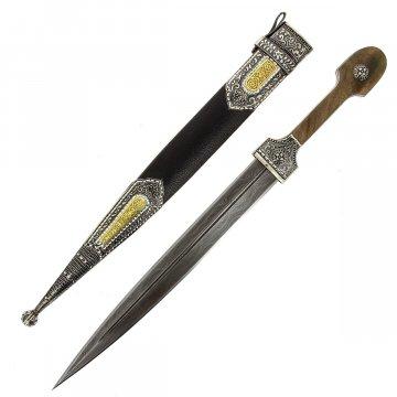 Кавказский кинжал с цельной рукоятью (сталь - дамасская, рукоять - дерево)