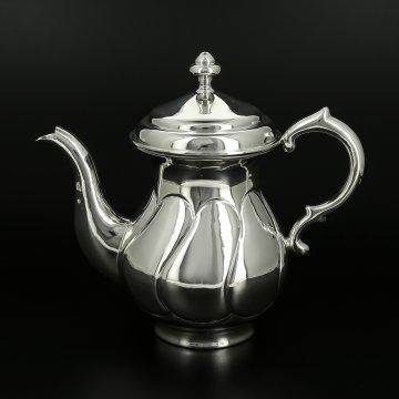 Серебряный кофейник Аристократ