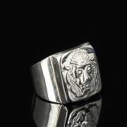 Кубачинское серебряное кольцо-печатка с гравировкой ручной работы арт.8608