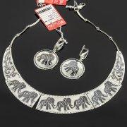 Кубачинский серебряный комплект украшений ручной работы с чернением (серьги, колье)  7897