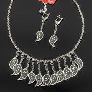Кубачинский серебряный комплект украшений ручной работы с чернением (серьги, колье) арт. 7898