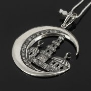 Кубачинский серебряный кулон ручной работы с гравировкой (камень - циркон) арт.7988