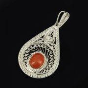 Кубачинский серебряный кулон ручной работы с филигранью (камень - янтарь) арт.9469