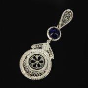Кубачинский серебряный кулон ручной работы с филигранью (камень - корунд) арт.9470