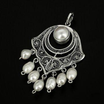 Эксклюзивная серебряная подвеска (барочный жемчуг)