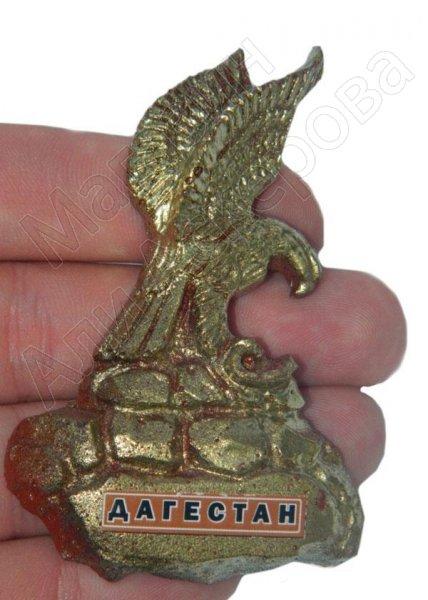 """Магнитик керамический """"Орел в горах Дагестана"""" золотистый ручная работа"""
