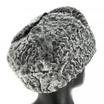 Мужская каракулевая шапка-ушанка