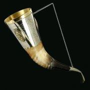 Кавказский рог бычий рифленый (отделка - мельхиор, камни - медальоны)