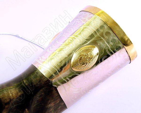 Элитный подарочный рог кавказского тура мельхиоровый с медальонами (55-60 см)