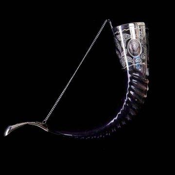 Элитный рог кавказского тура с пиалой и медальонами мельхиоровый