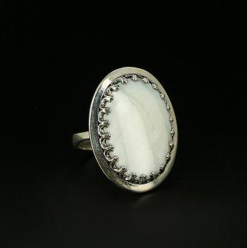 Серебряное кольцо (перламутр)