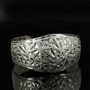 Серебряный кубачинский браслет с гравировкой арт.11130