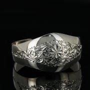 Серебряный кубачинский браслет с гравировкой арт.11135