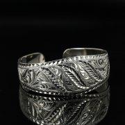 Серебряный кубачинский браслет с гравировкой арт.11151
