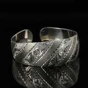 Серебряный кубачинский браслет с гравировкой арт.11160