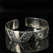 Серебряный кубачинский браслет с гравировкой арт.11167