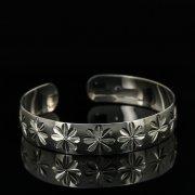 Серебряный кубачинский браслет с гравировкой арт.11169