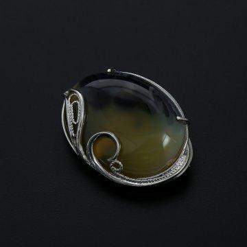 Серебряная брошь (камень агат)