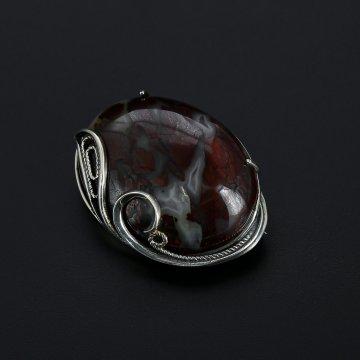 Серебряная брошь (камень яшма)