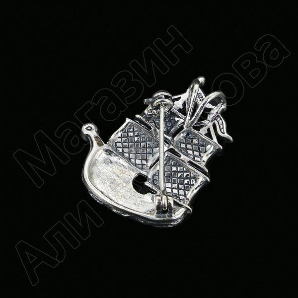 Серебряная брошь-подвеска Корабль (марказит)