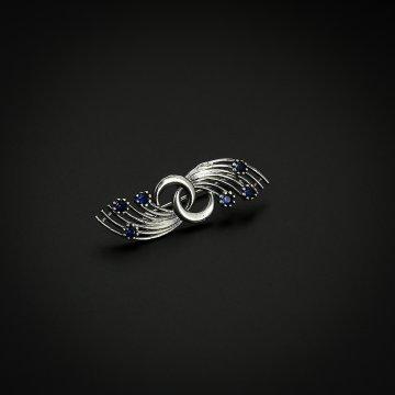 Серебряная брошь (фианит синий)