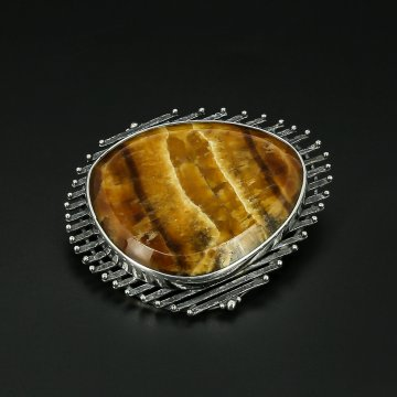 Серебряная брошь авторская работа (симбирцит)