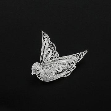 Серебряная брошь Птичка