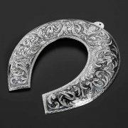 Кубачинская серебряная подкова в футляре ручной работы арт.10226