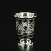 Серебряная стопка Кубачи ручной работы