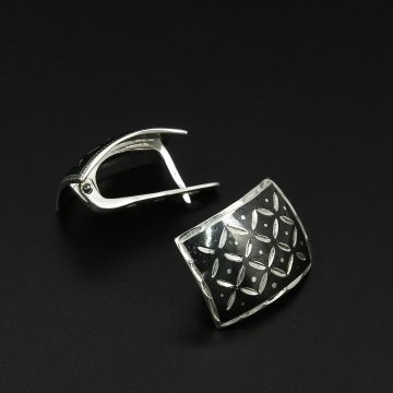 Кубачинские серебряные серьги ручной работы с чернением