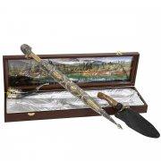Кубачинский подарочный набор в футляре (кинжал, нож, рог) арт.10949
