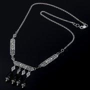 Серебряное колье с гравировкой (камень - агат)
