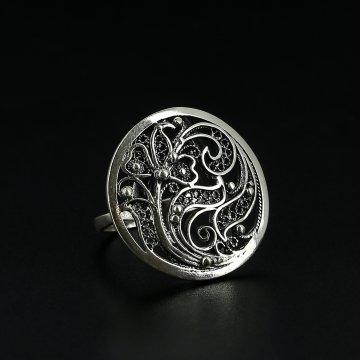 Серебряное кольцо с филигранью