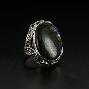 Серебряное кольцо авторская работа (лабрадор)