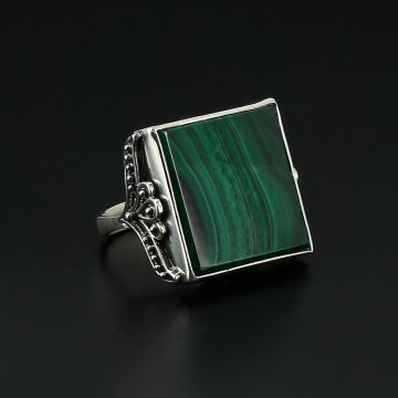 Серебряное кольцо (малахит)