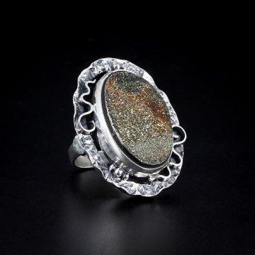 Серебряное кольцо авторская работа (марказит)