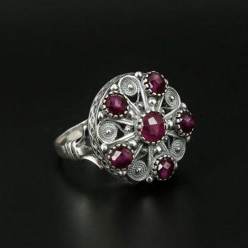 Серебряное кольцо (рубин)