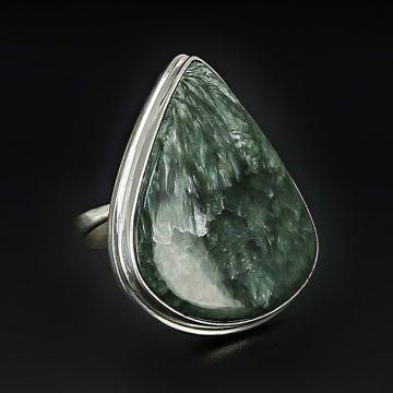 Серебряное кольцо авторская работа (сирафинит)